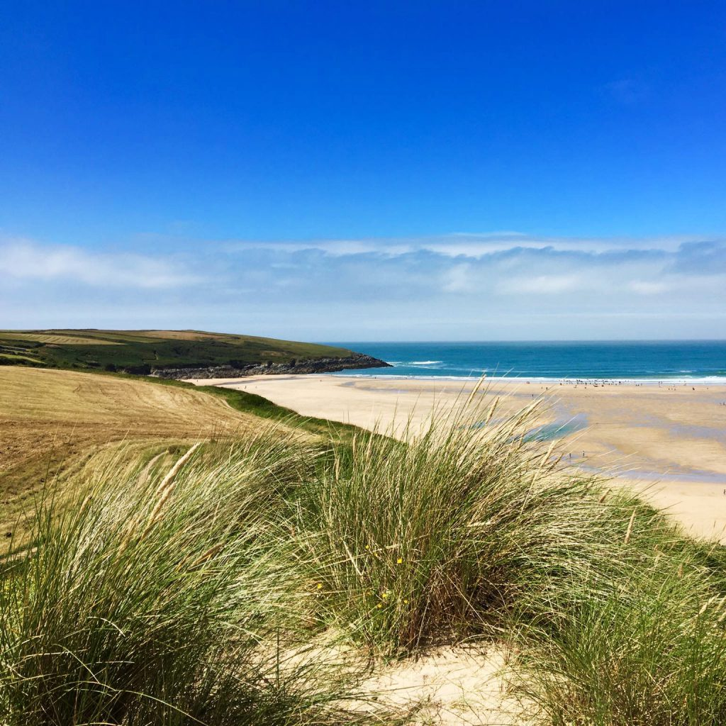 beach-dunes-blue-sky